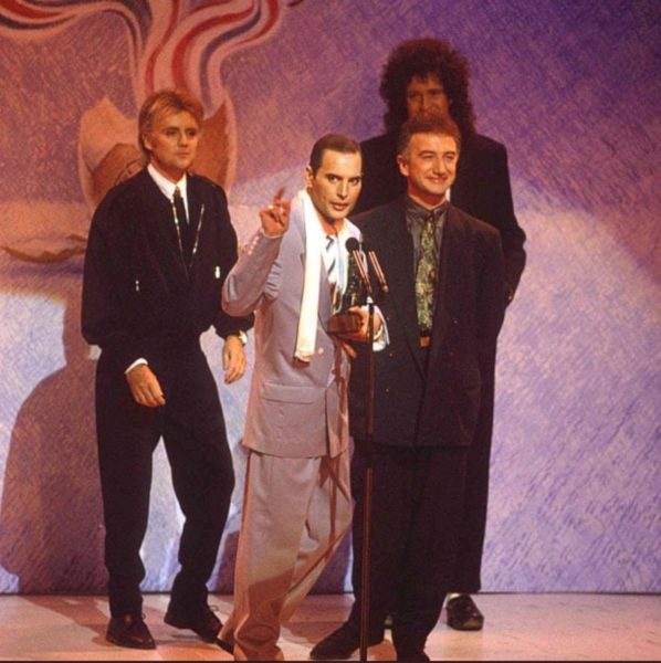 フレディマーキュリー晩年の写真画像・ブリット・アワード・生前最後のステージ